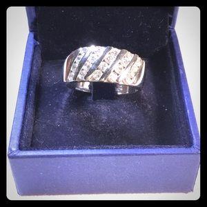 Silver (925) Ladies Ring